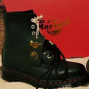 Dr Martens Chinese New Year RAT Limited Ed boots😍